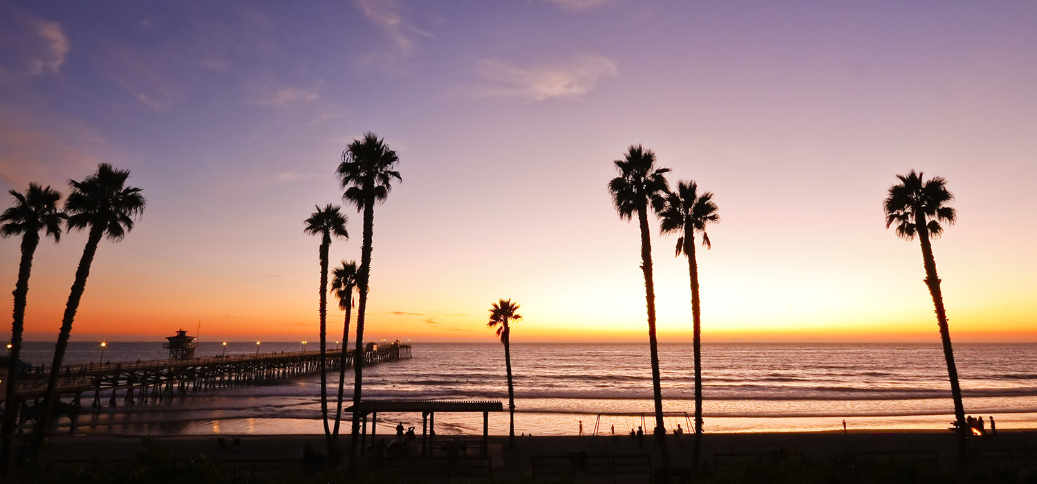 EXPERIENCE THE CONVENIENCE OF OUR LOCATION IN LONG BEACH JUST MINUTES FROM LONG BEACH AIRPORT & TOP ATTRACTIONS